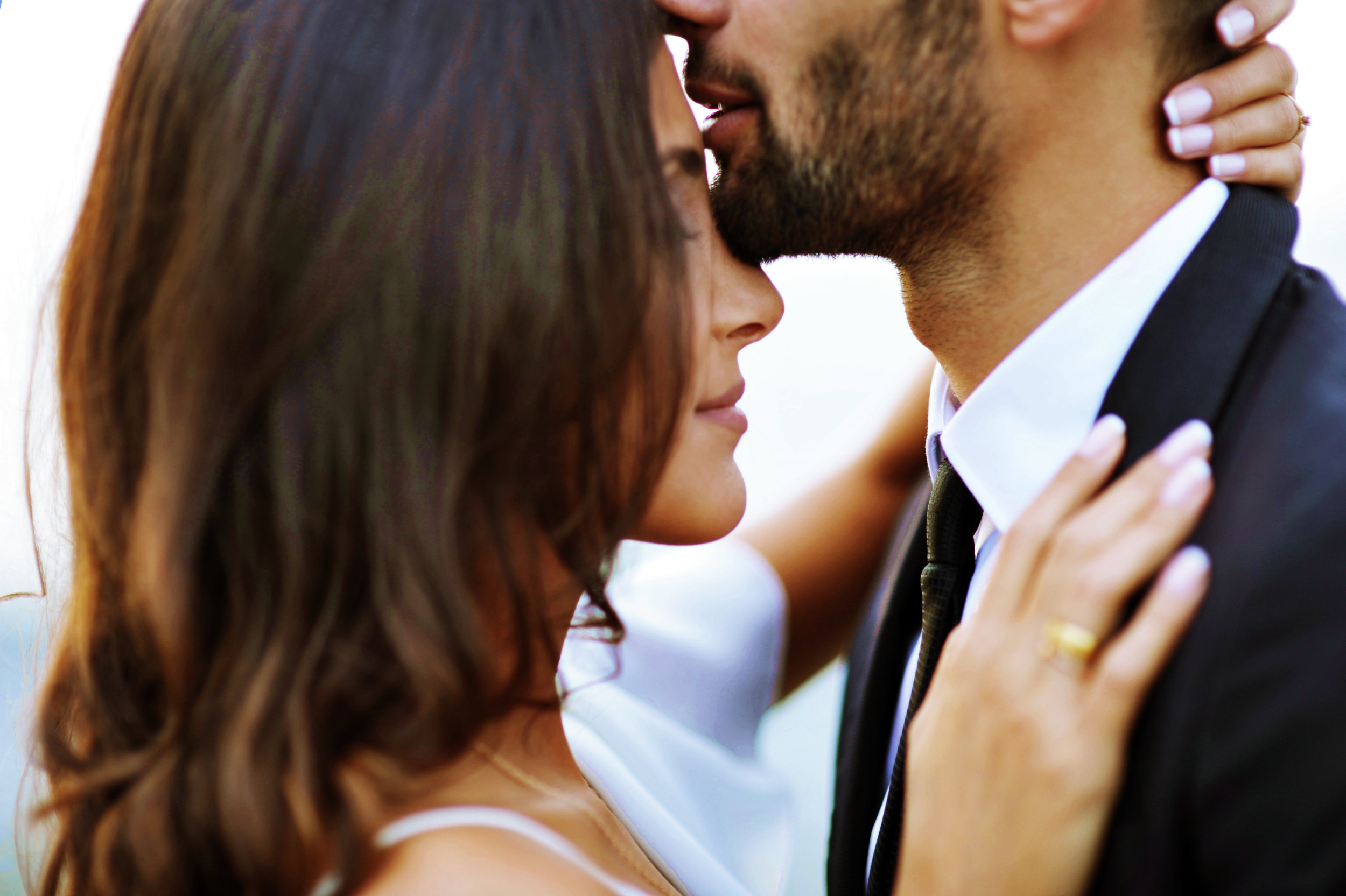 Did you know? Our pupils widen when we're attracted to someone. -