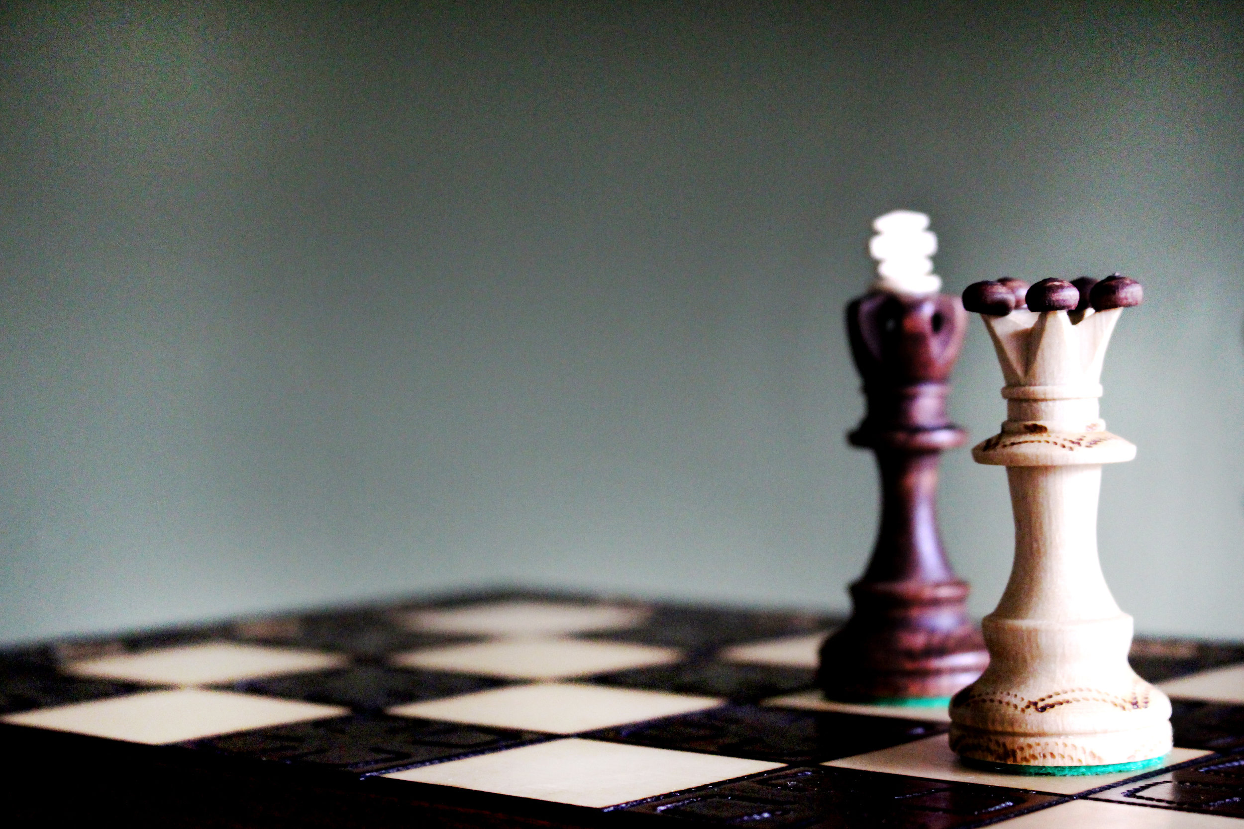 The King piece on a chess board representing law 34.