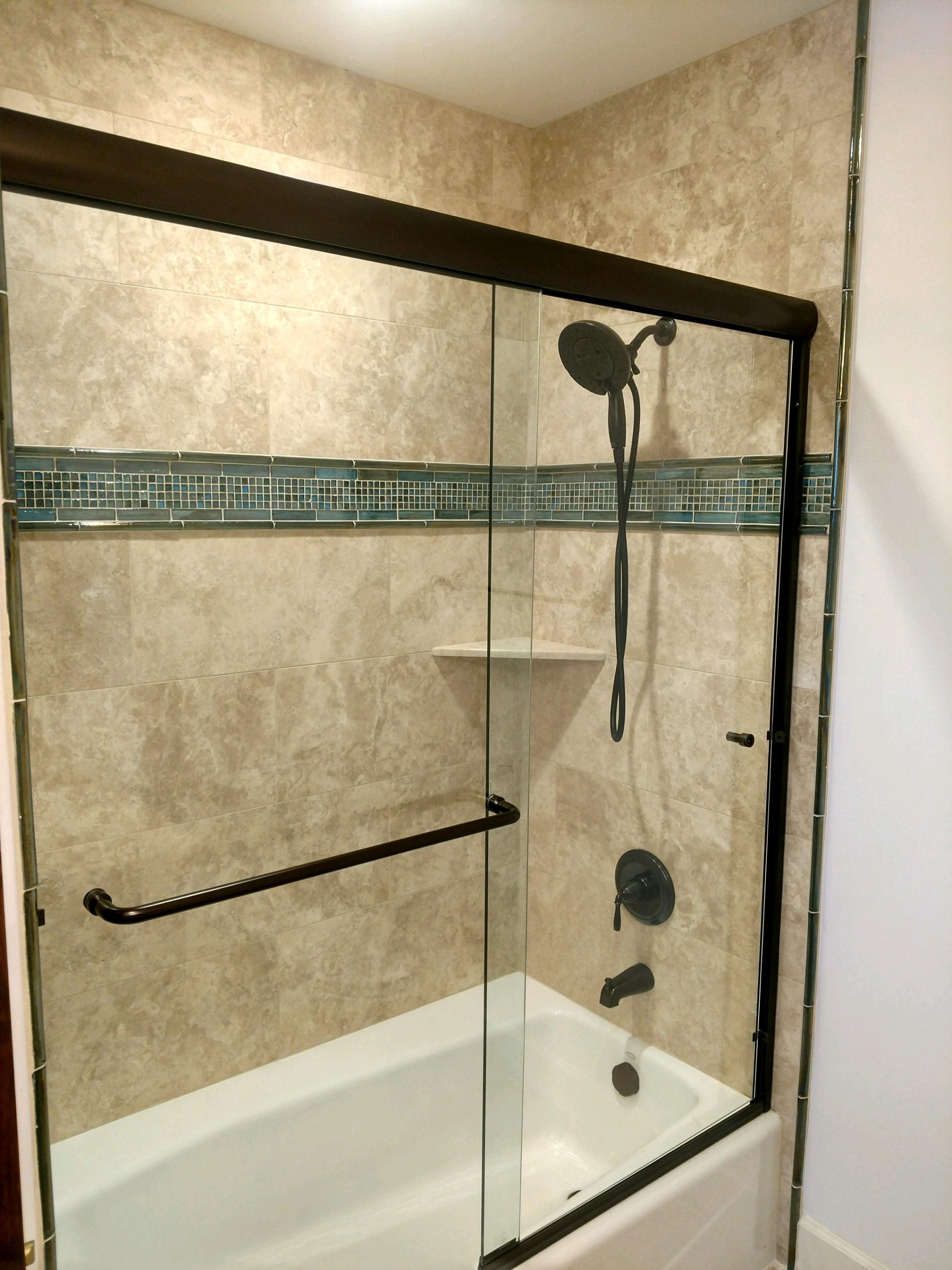 travertine shower glass deco band