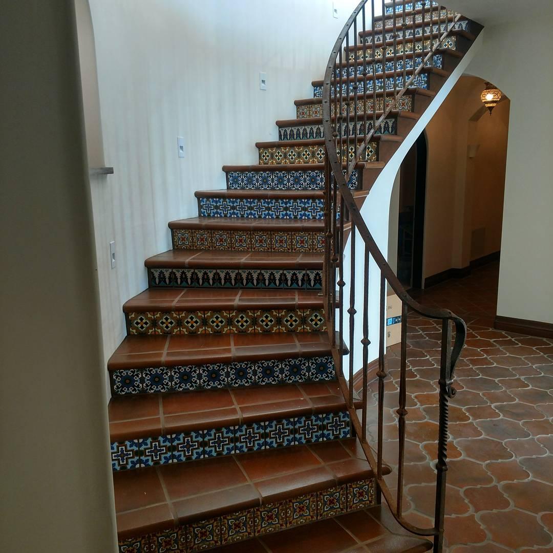 arto brick deco stairs