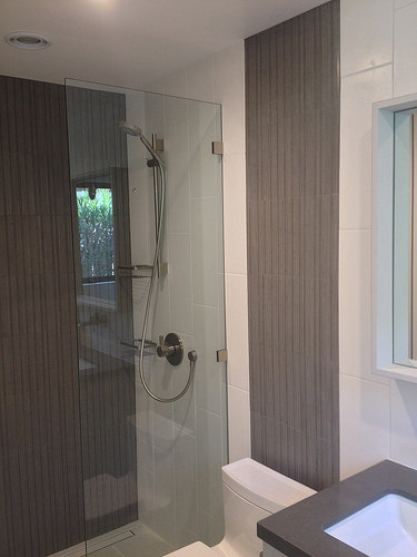 Bathroom-verticle mosaic accent.jpg