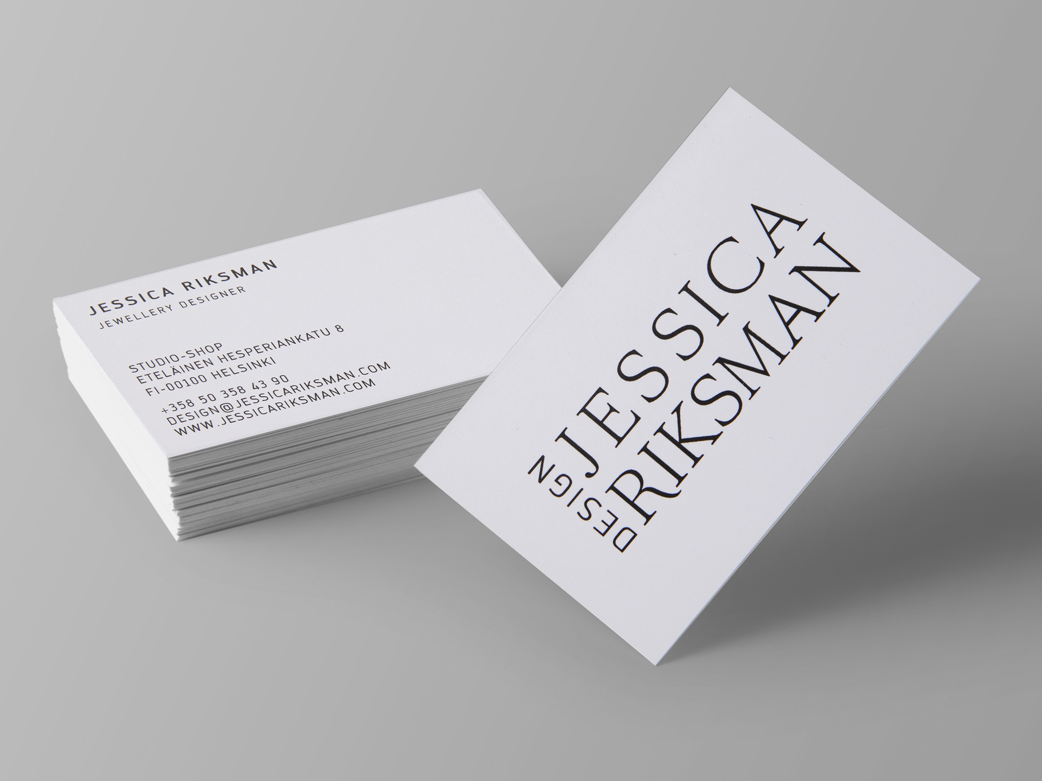 Business card for cost efficient and fast printing needs