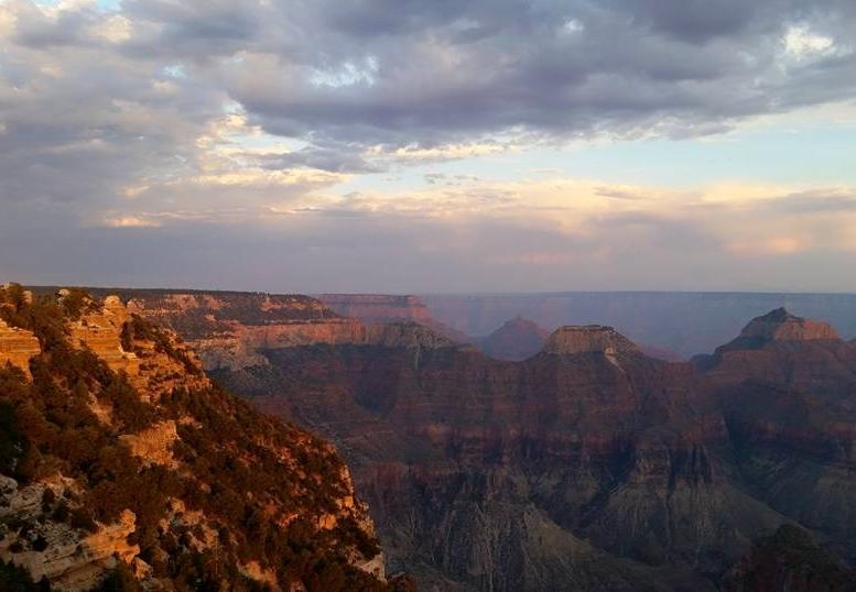 Grand canyon view (2).jpg