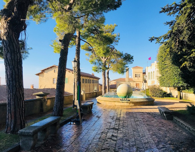 Towers of San Marino.jpg