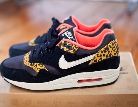 leopard-nikes.jpg