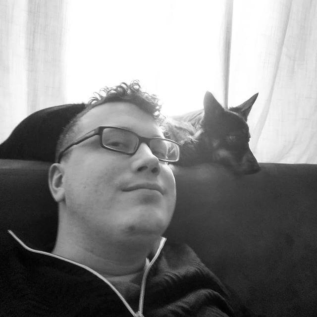 Me and Zissou just chilling  #dogsofinstagram #dog #zissou #zissousociety