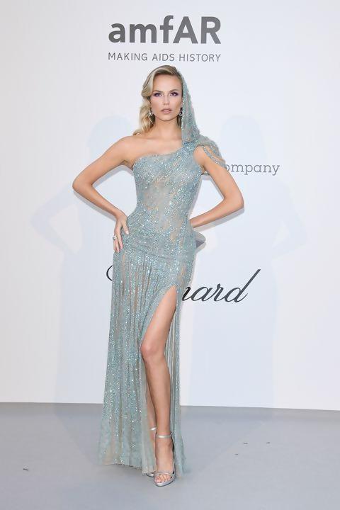 Natasha-Poly-2019-Cannes-outfit.jpg