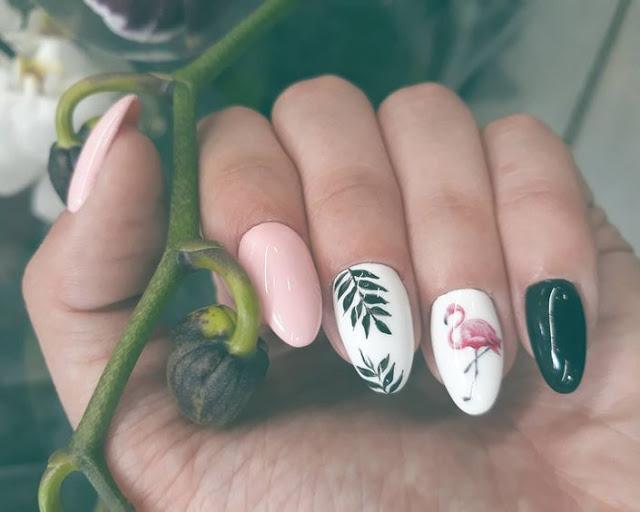 sticker-manicure.jpg