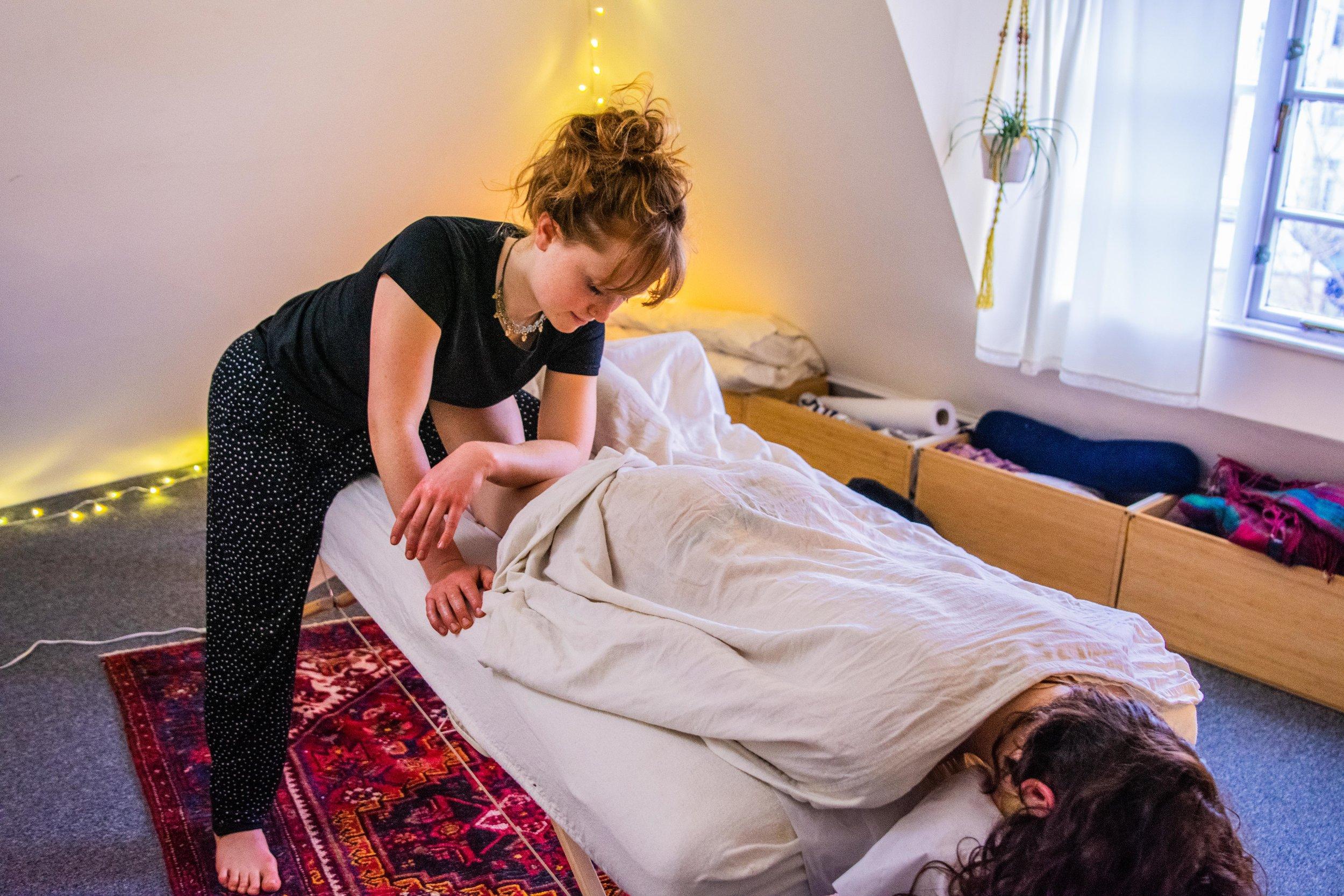 Imogen Quilley, Holistic & Remedial Massage Therapist © Alexa Ledecky-38.jpg