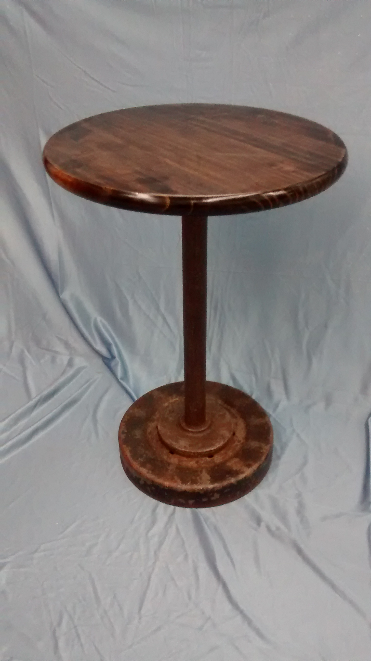 Axle End Table