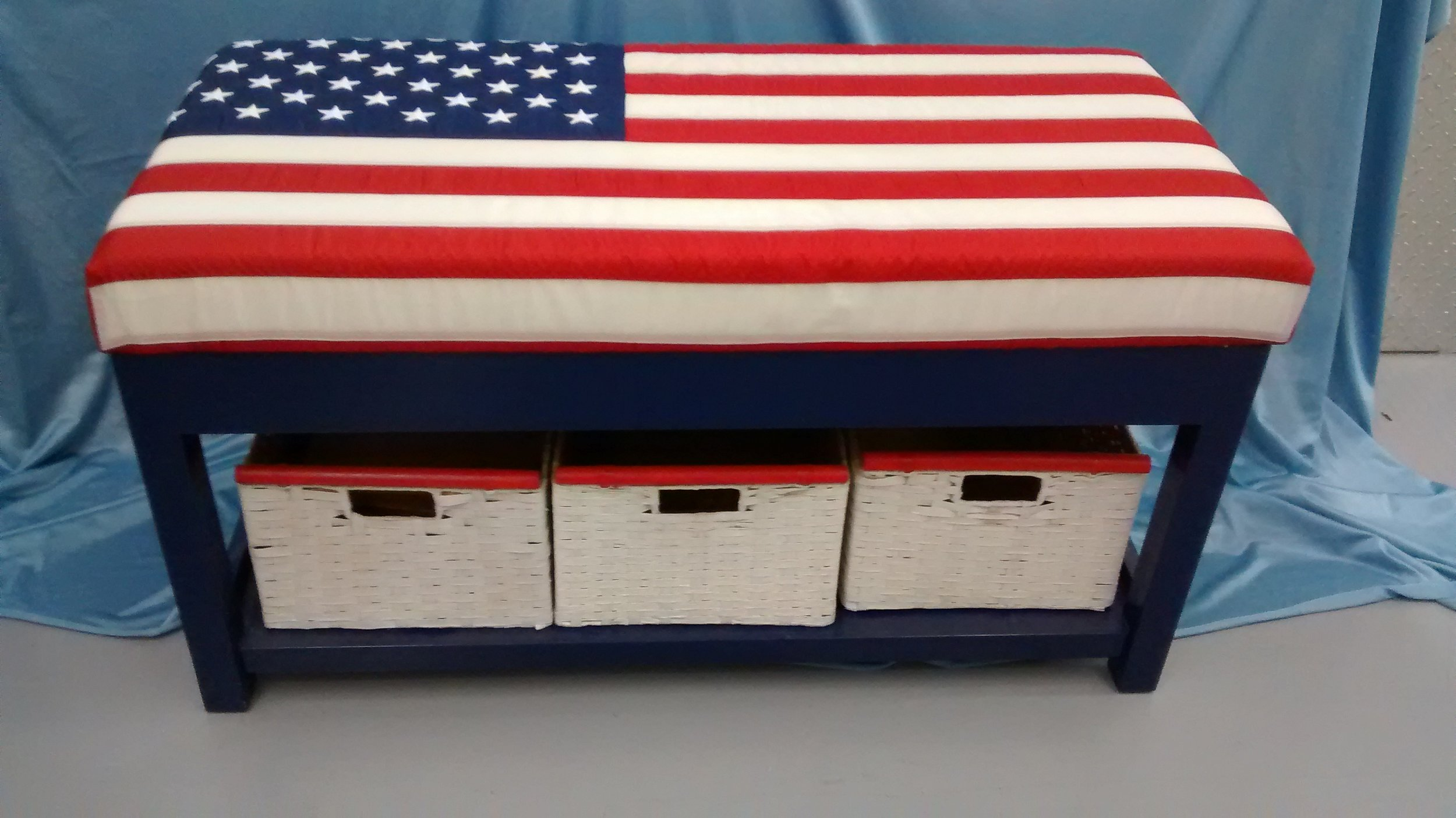 Patriotic Cushioned Bench with Shelf and Storage Baskets