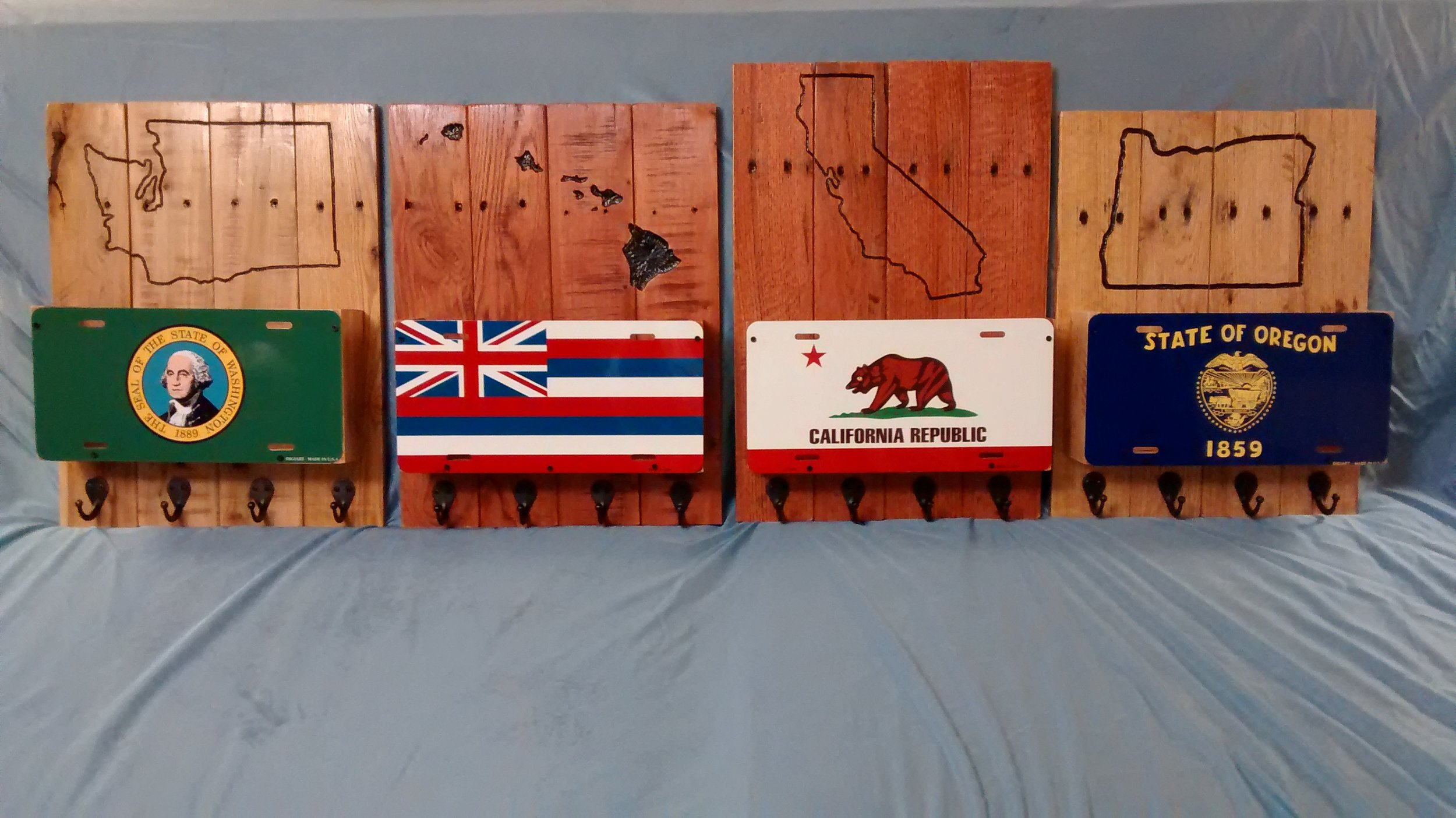 State-Themed Organizers