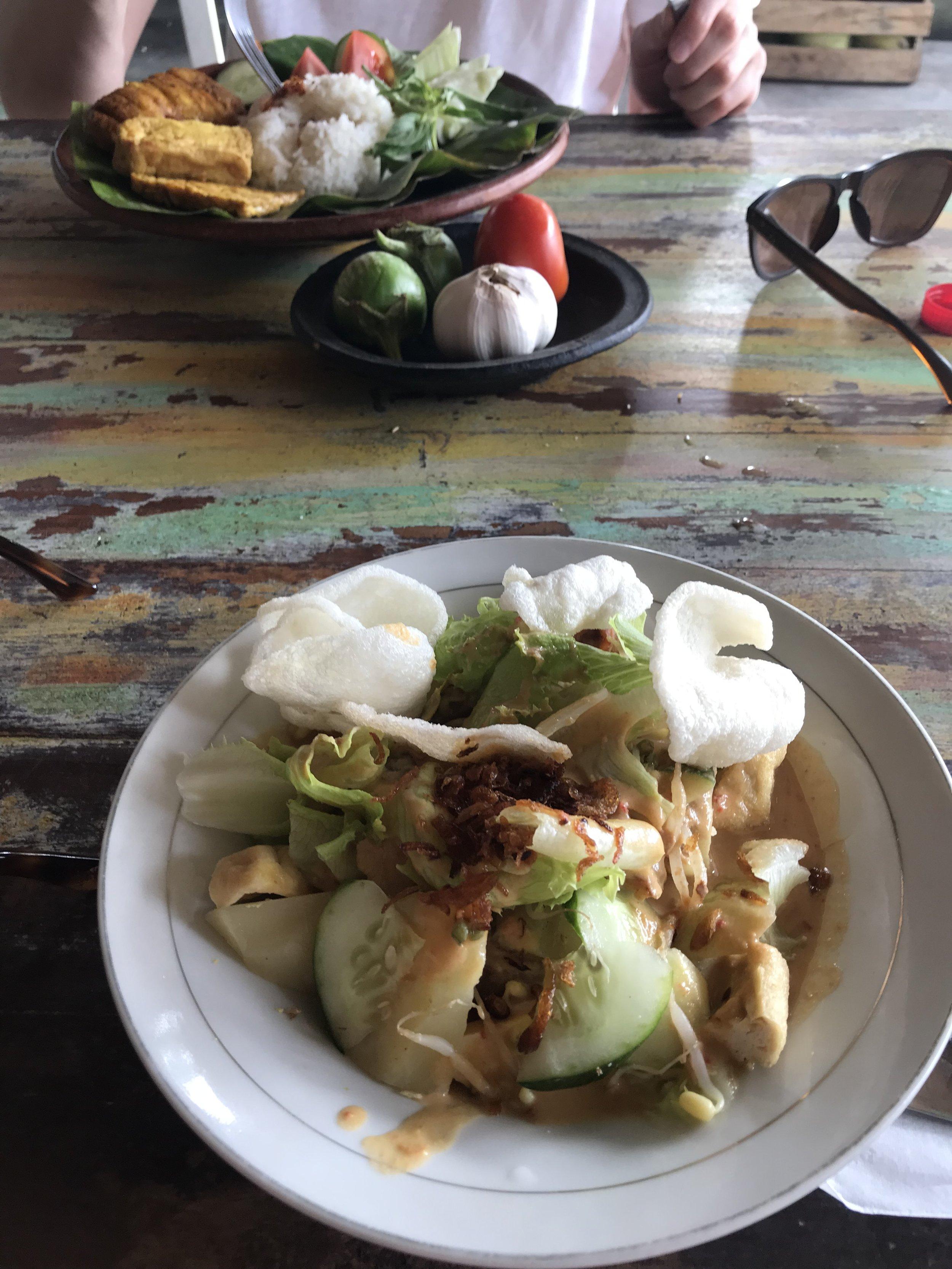 First indonesian lunch of the trip : Gado Gado