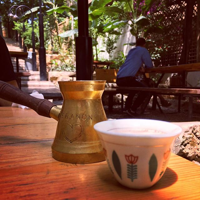 Sundays are for taking out the cafetière and enjoying coffee brought from travels ☕️ throwback to a great cup of brew in Beirut a year ago, sadly what I brought back from there is long gone.. 😁 /N
