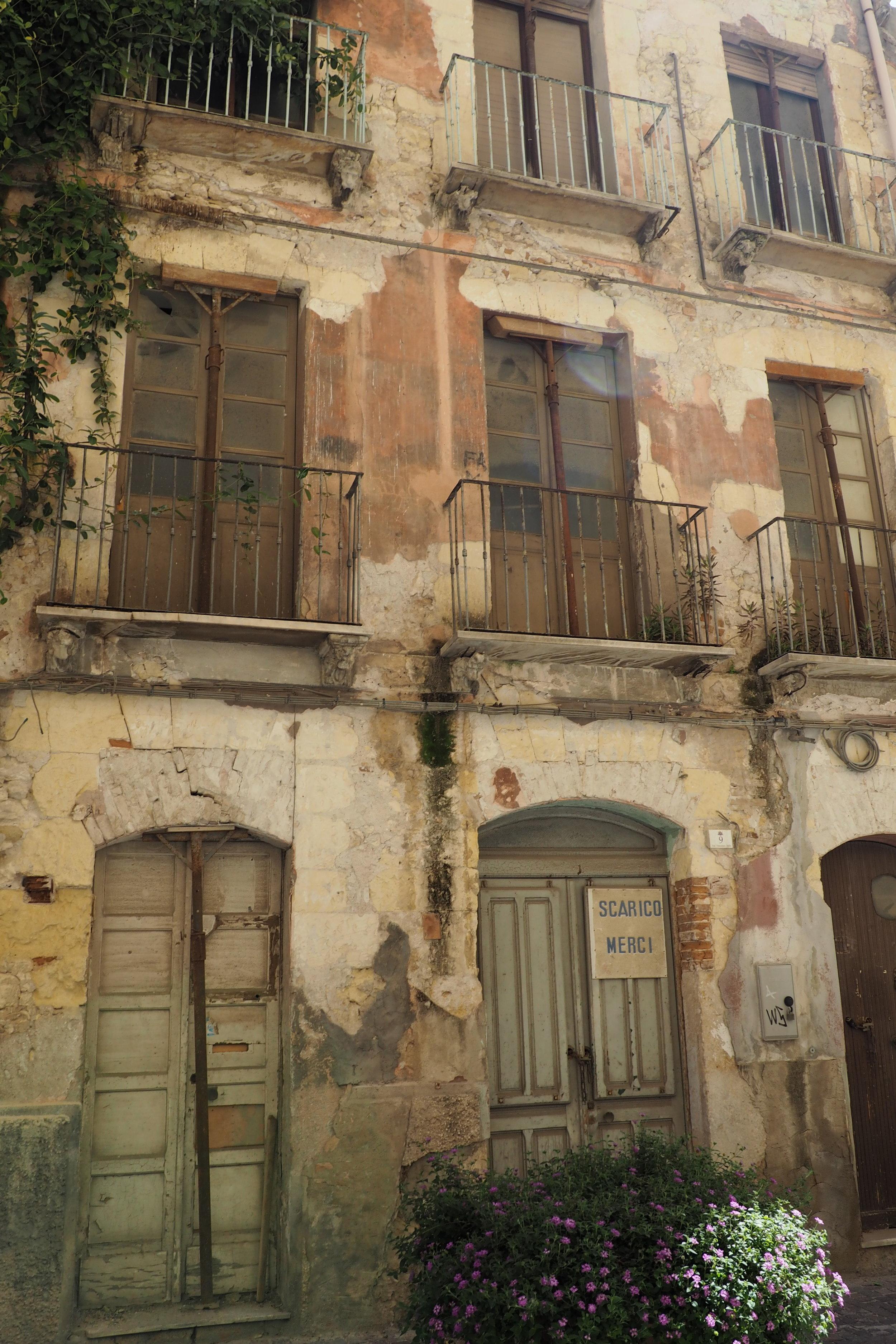 Beautiful but rough houses in Cagliari