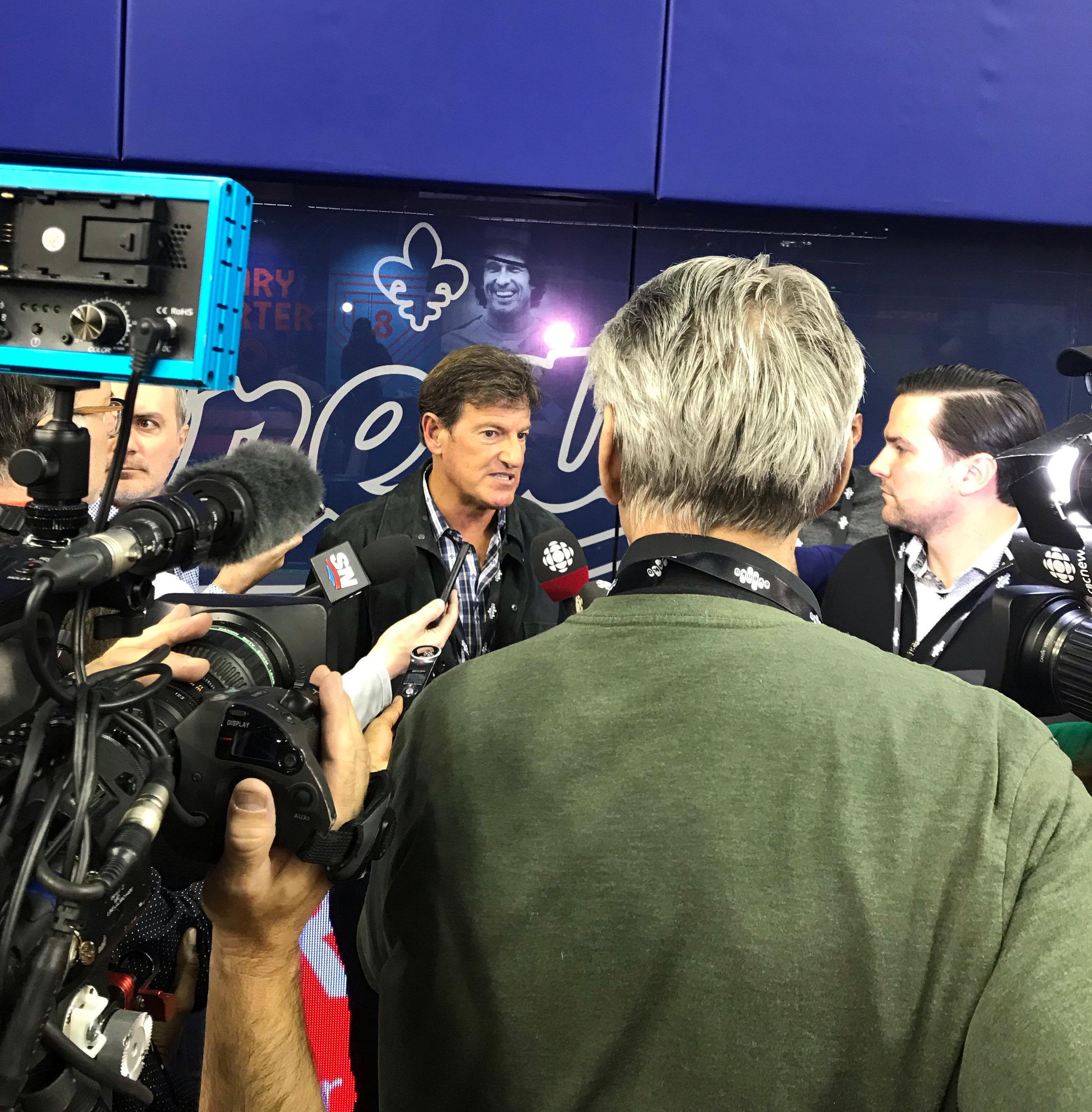 STEPHEN BRONFMAN - Un homme très prisé des médias