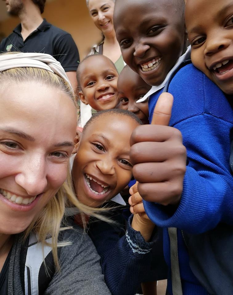 Τανζανία, Αφρική - 19 Απριλίου, 2019   Σας ευχαριστούμε όλους για τη στήριξη και την αγάπη σας. Το Ίδρυμα Ρέα συνεχίζει δυναμικά την διεξαγωγή των ανθρωπιστικών αναπτυξιακών έργων υποδομής στην Τανζανία για να προσφέρει μια καλύτερη ποιότητα ζωής γι'αυτά τα παιδιά. Σας ευχαριστούμε που κάνετε το όνειρο μας για ένα πιο ίσο και δίκαιο κόσμο πραγματικότητα.