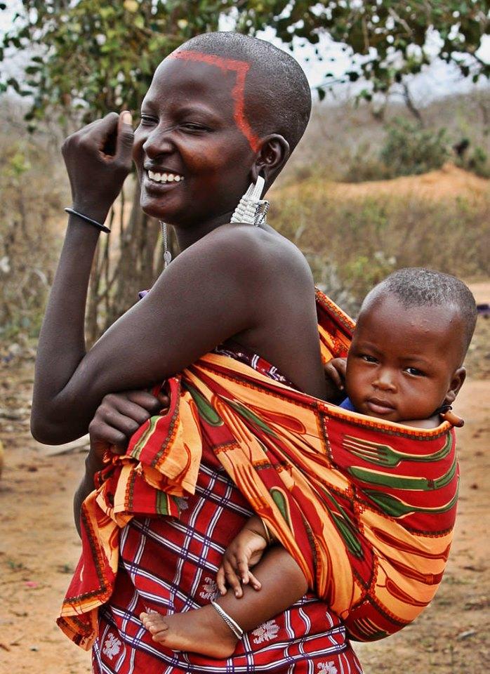 Τανζανία, Αφρική - 12 Μαίου, 2019   Μαμά είναι το όνομα του Θεού στα χείλη κάθε παιδιού. Ευτυχισμένη Ημέρα της Μητέρας σε ολες τις πανέμορφες μαμάδες.