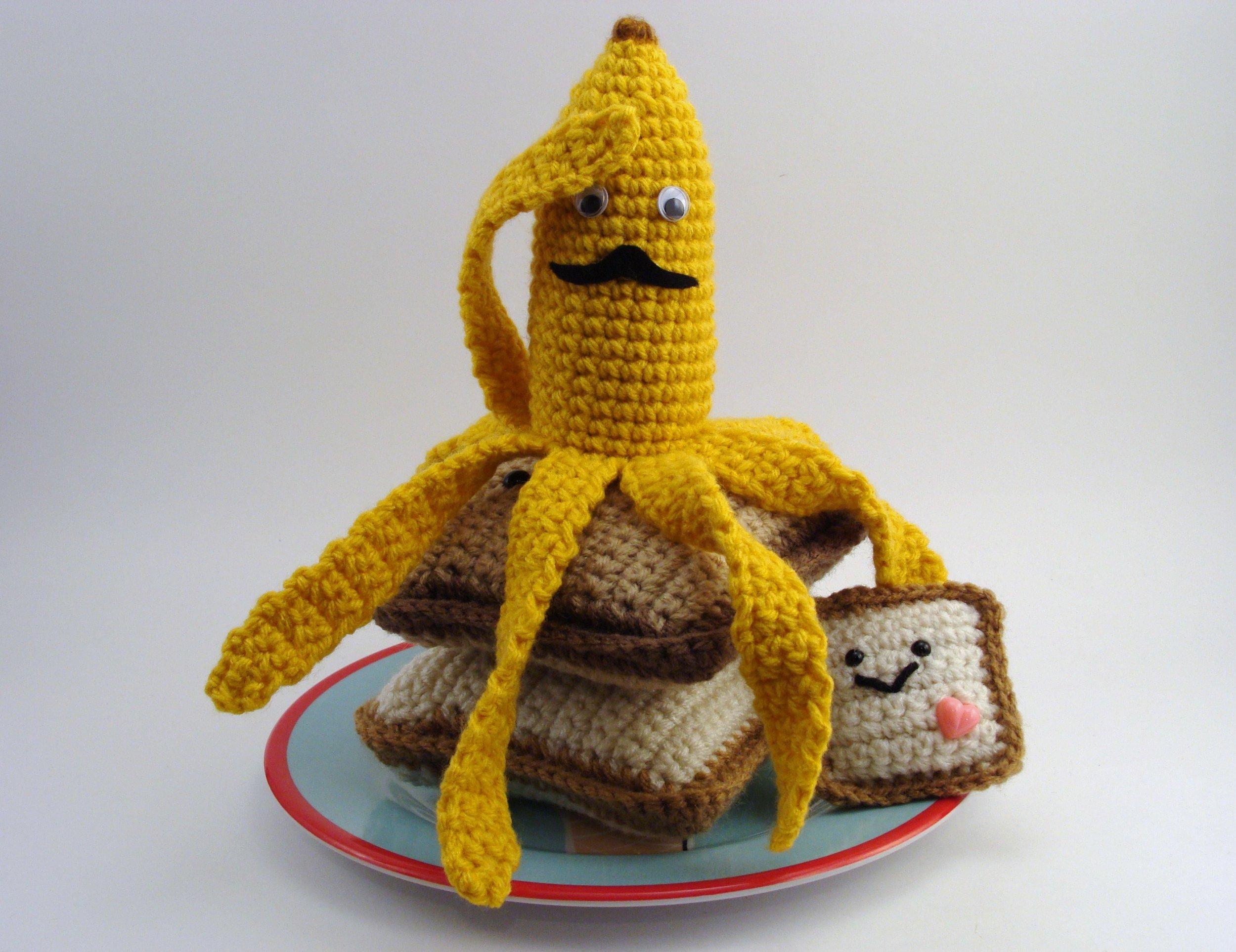 crocheted-nannerpuss.jpg