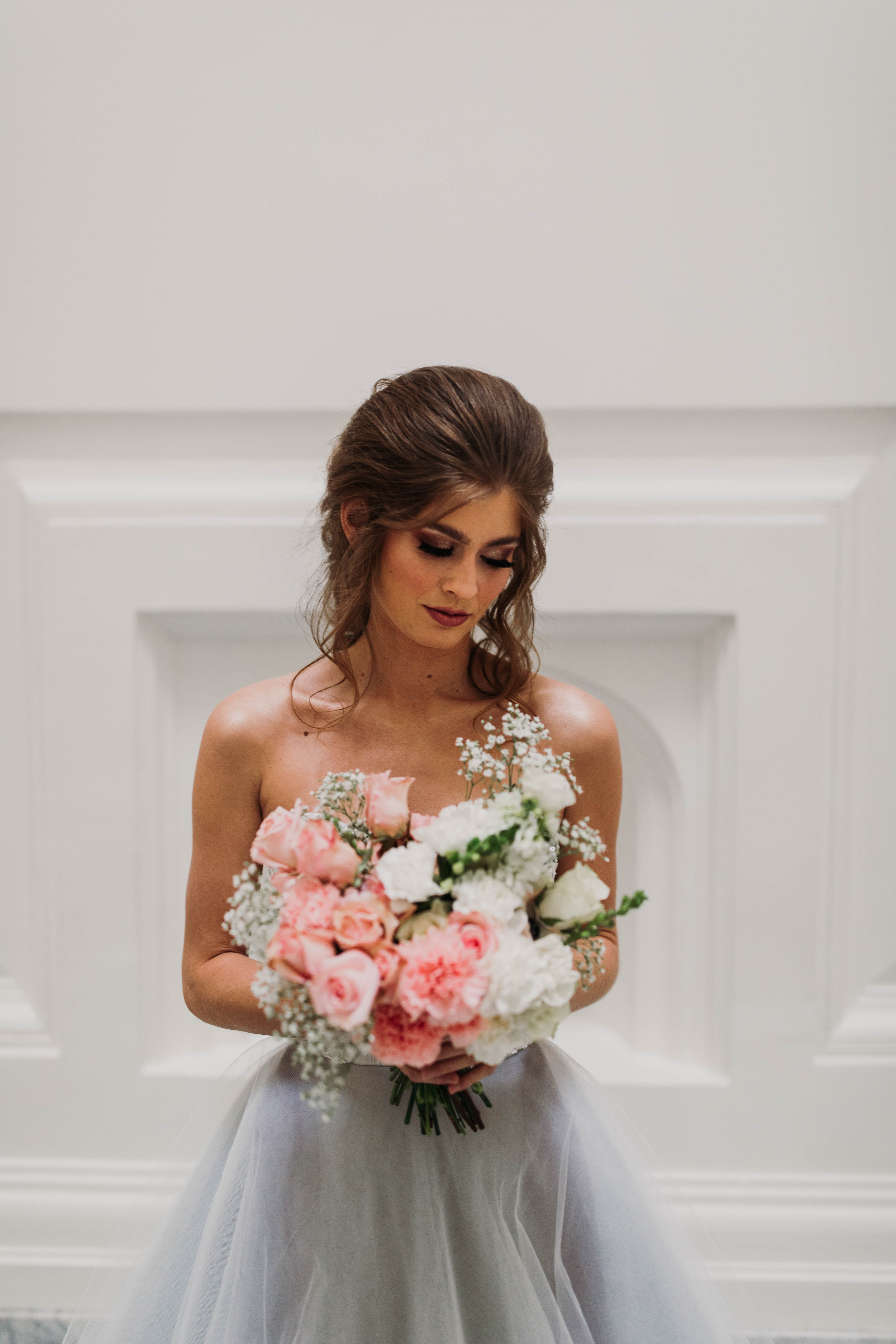 1.) Do Your Homework - When booking your hair and makeup stylist for your wedding, there is a lot to consider. Naturally, you'll start by doing some research for companies in your area. Before you even take the step to reach out to them, review their testimonials to see what previous brides said about their experience. Portfolio's and marketing can be misleading, but a review won't lie, especially if there are multiple bride's with the same story. When looking at price, keep in mind if you focus strictly on the lowest priced artist, you'll end up spending more money booking several trials to find the right fit for yourself. After spending thousands on your venue, photographer and dress, don't skimp out on your face. Your face and hair will be in 90% of the photos and you will want to look back in awe, not horror. Check out what's included with the service, so you know exactly what your getting yourself into.