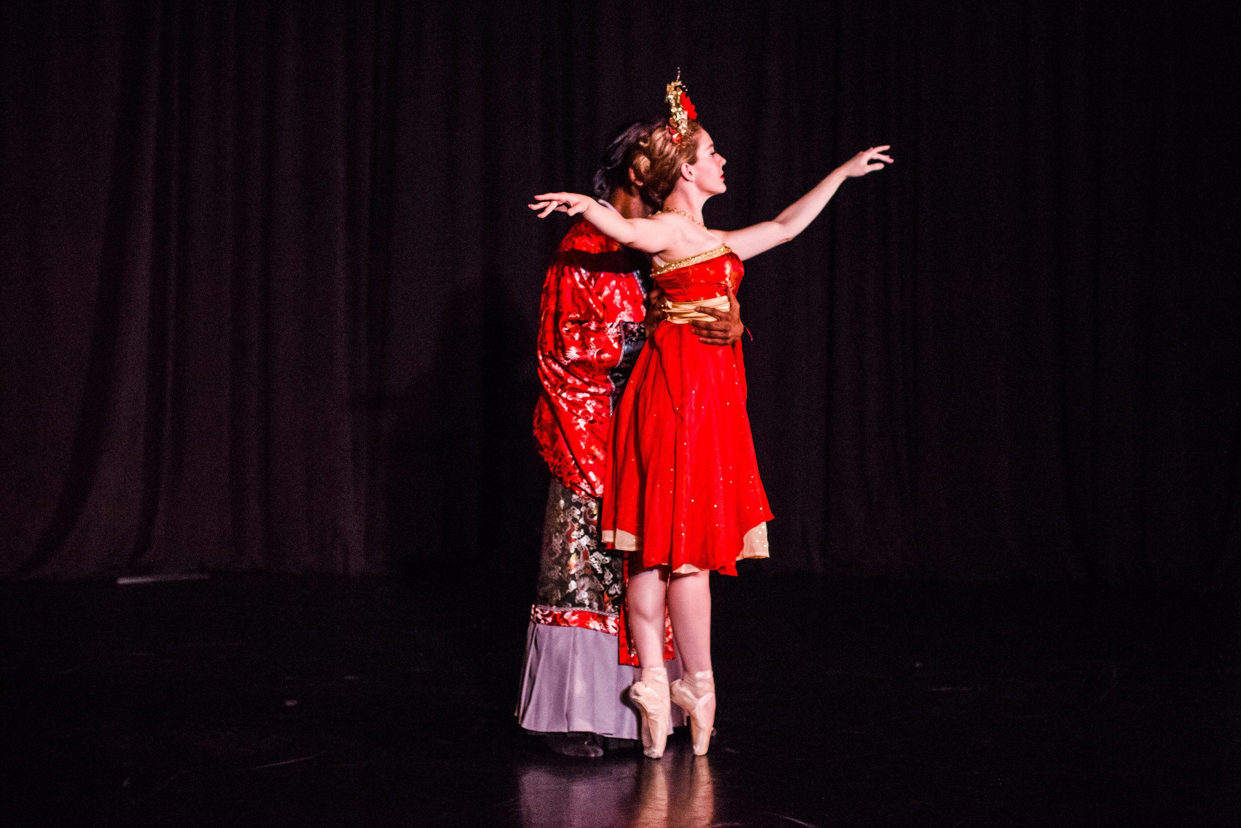 2017_12_10_durham_school_ballet_winter_showcase_party-3639.jpg