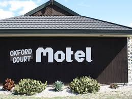 Oxford Court Motel.jpg