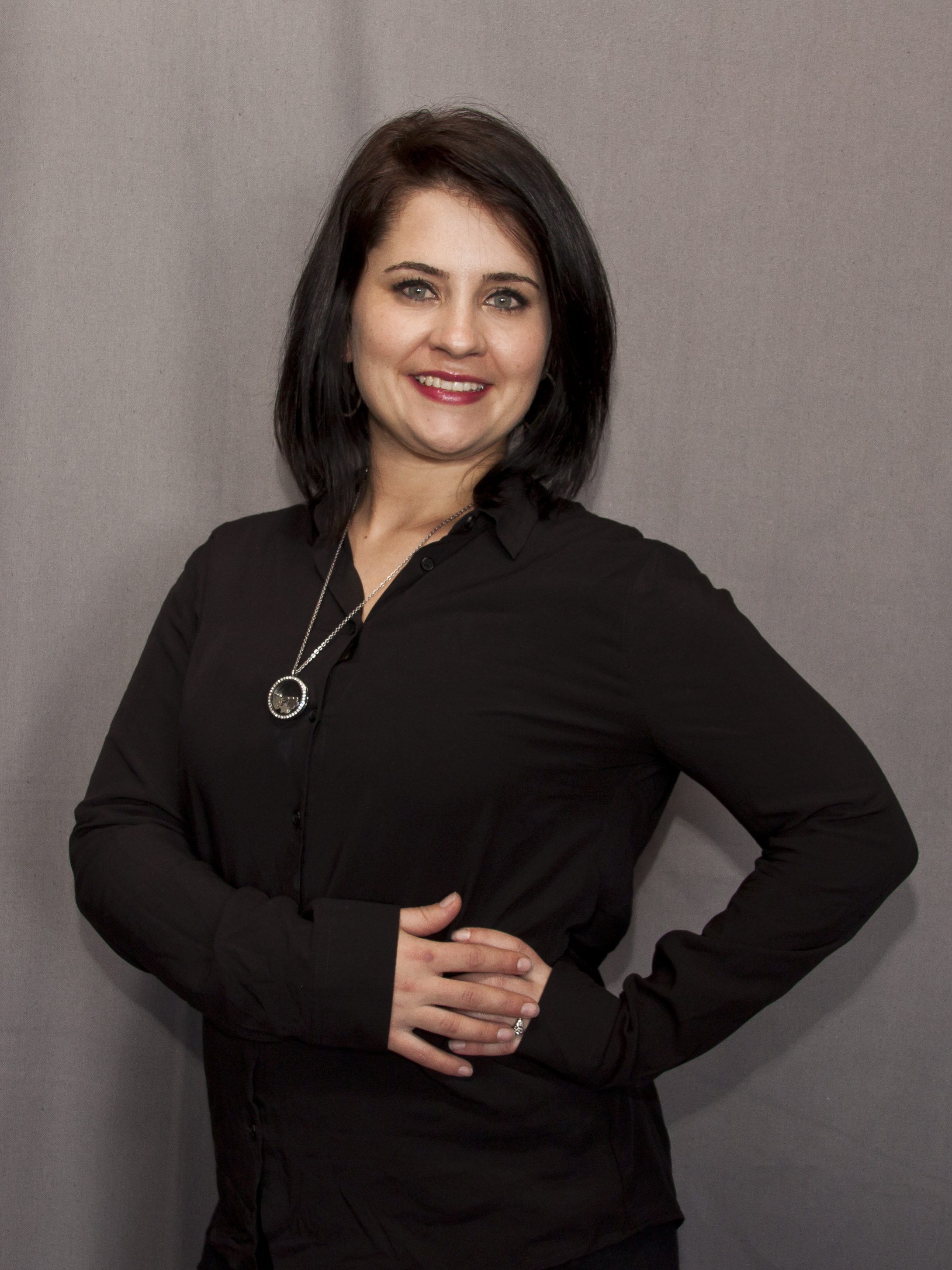 JANNANDI OOSTHUIZEN - ADMINISTRATION MANAGERAdvanced Diploma in TourismManagement (CA)8 Years in Administration