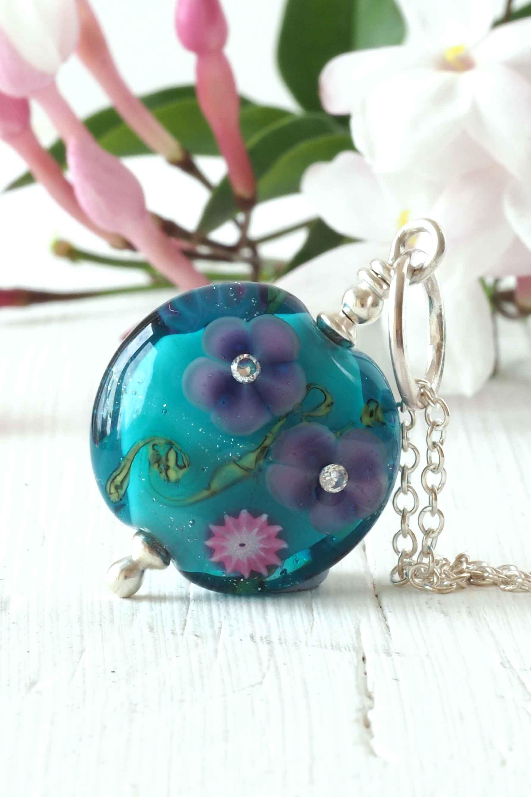 Teal-floral-lampwork-necklace-1120.jpg