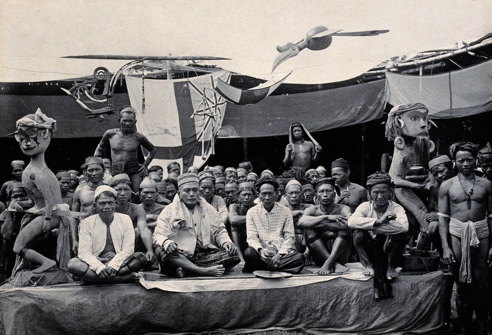 Photograph as political compact. A peace-making ceremony between the Baran and Batang Kayan tribes at Marudi (Claude Town), 1899. Wellcome Collection.
