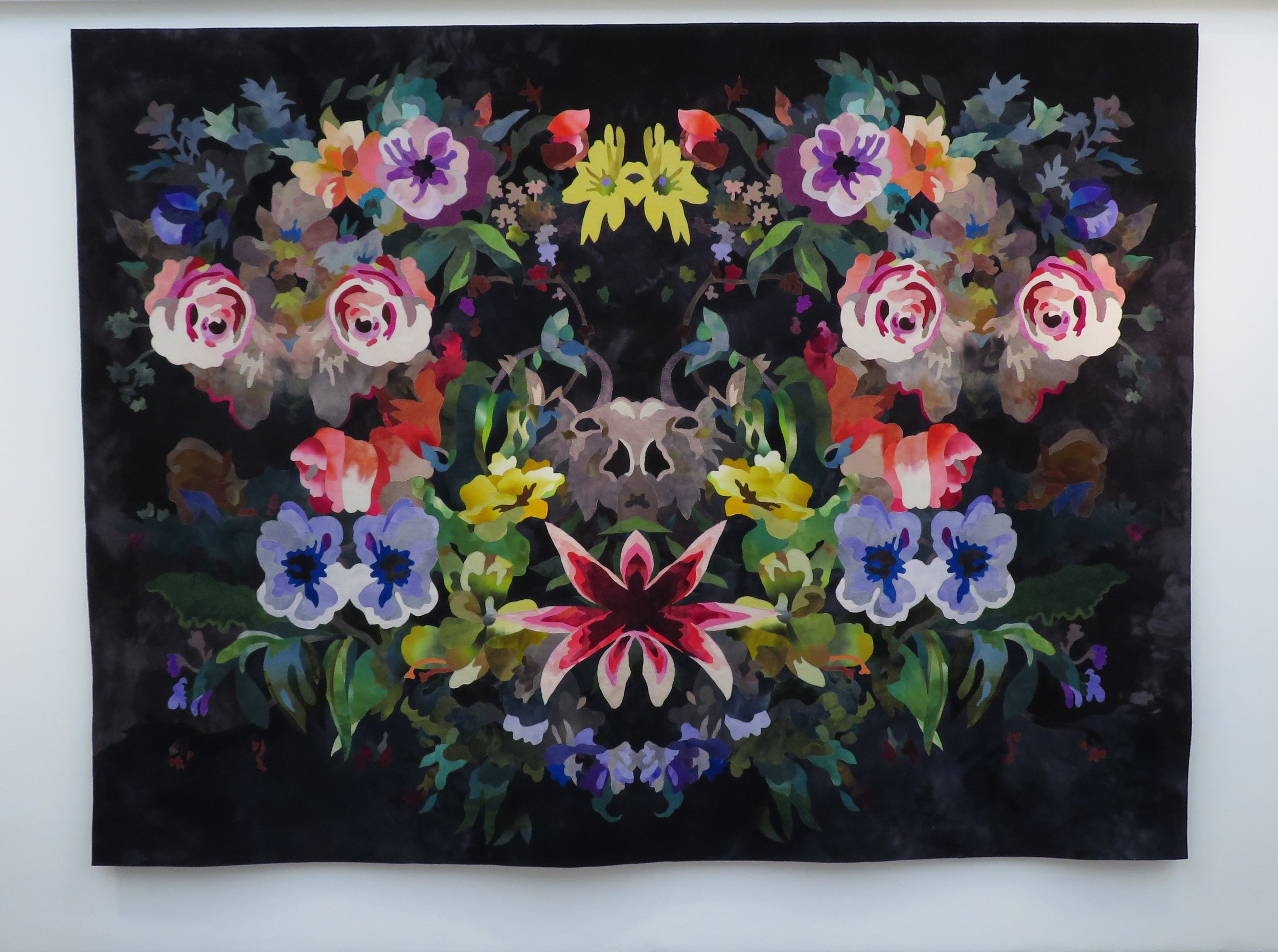 Noe (Something), 2018.    Textile. H. 224 x W. 229 cm.