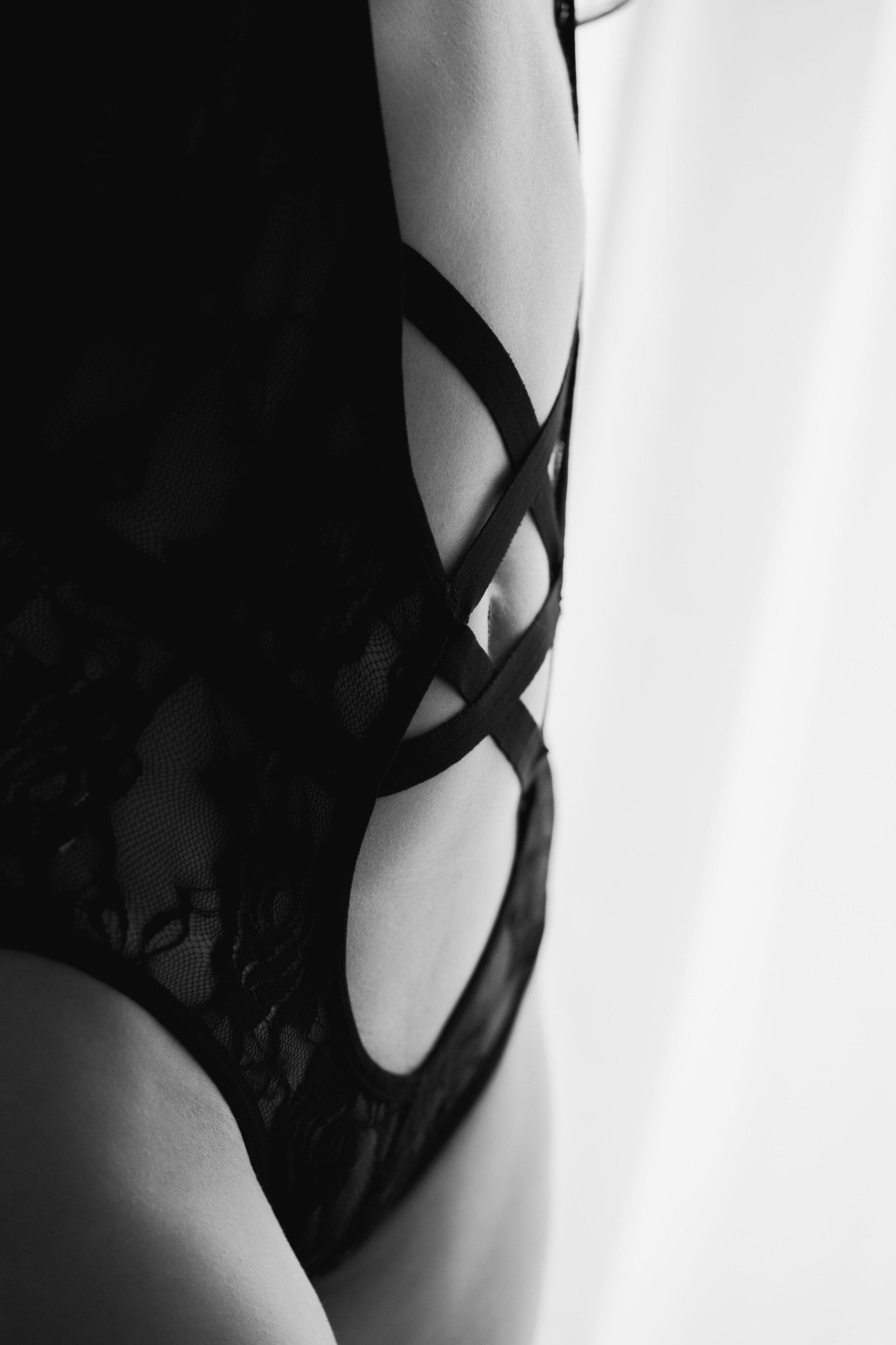 boudoir-photography-sexy-photos