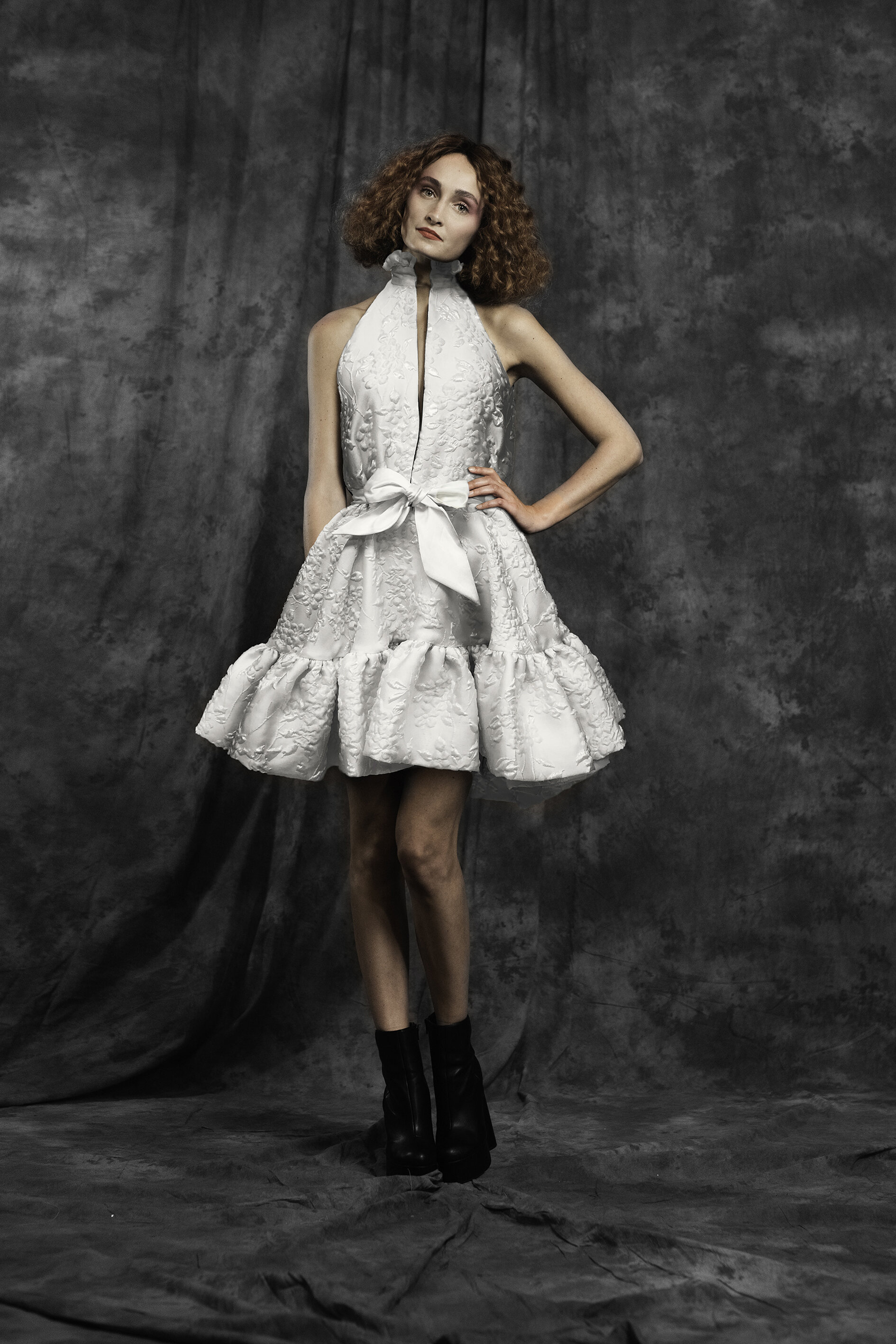 WEB 20190927 EDWIN OUDSHOORN COUTURE SHORT WHITE .jpg