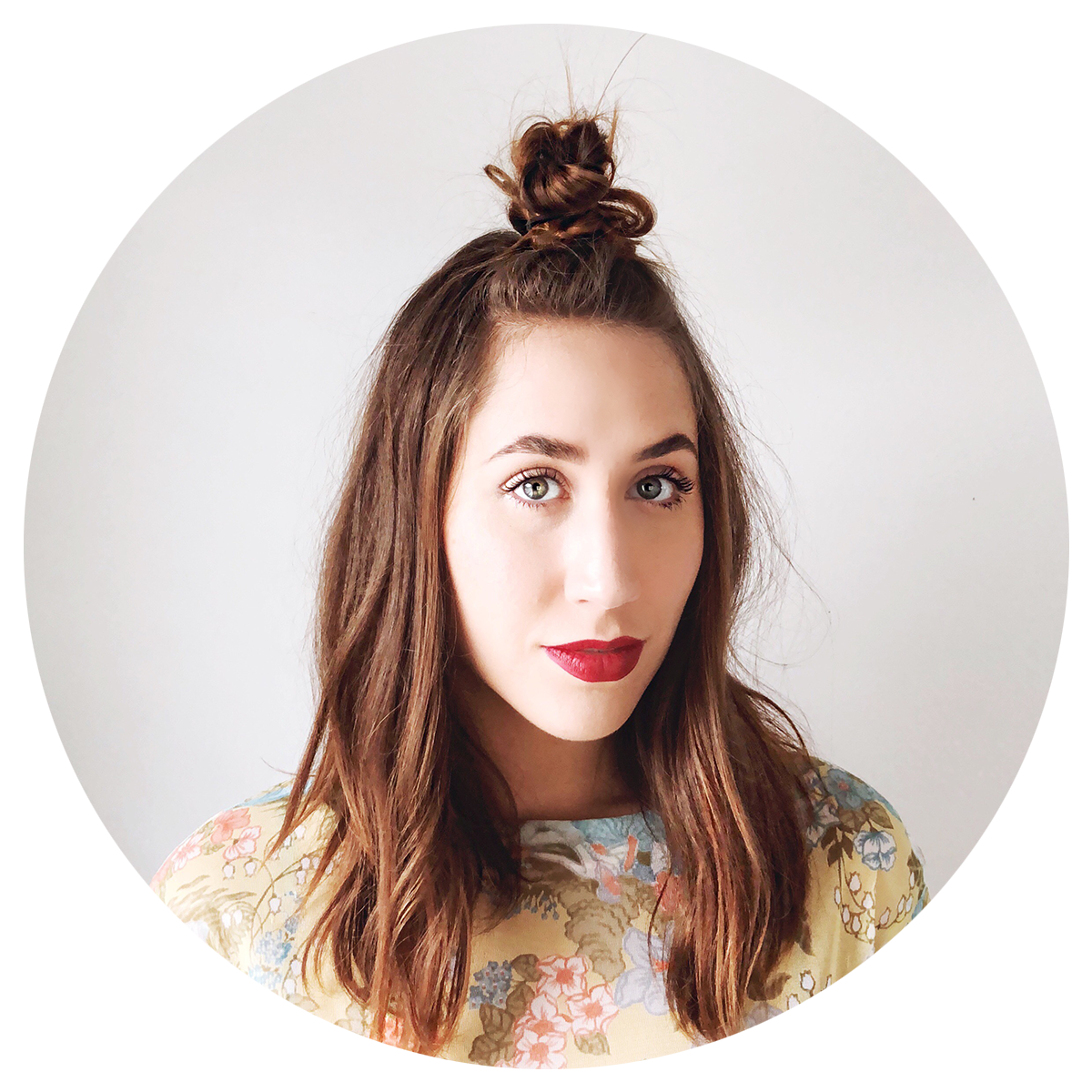 alyssa leigh cates - lateleigh with lee - profile picture.png