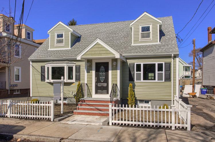9+Oak+Street,+Somerville,+MA_030-HDR(3).jpg