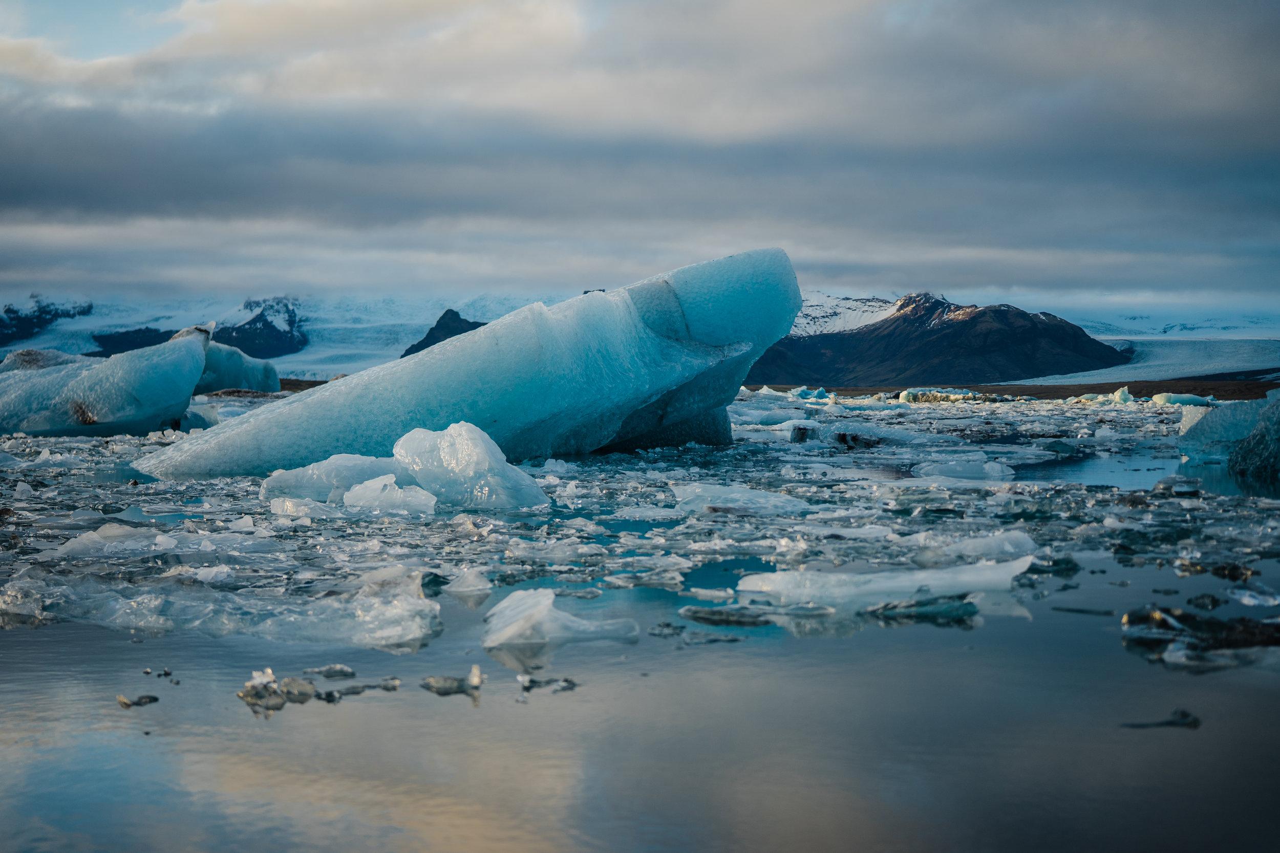 Jökulsárlón_(Glacier_Lagoon)