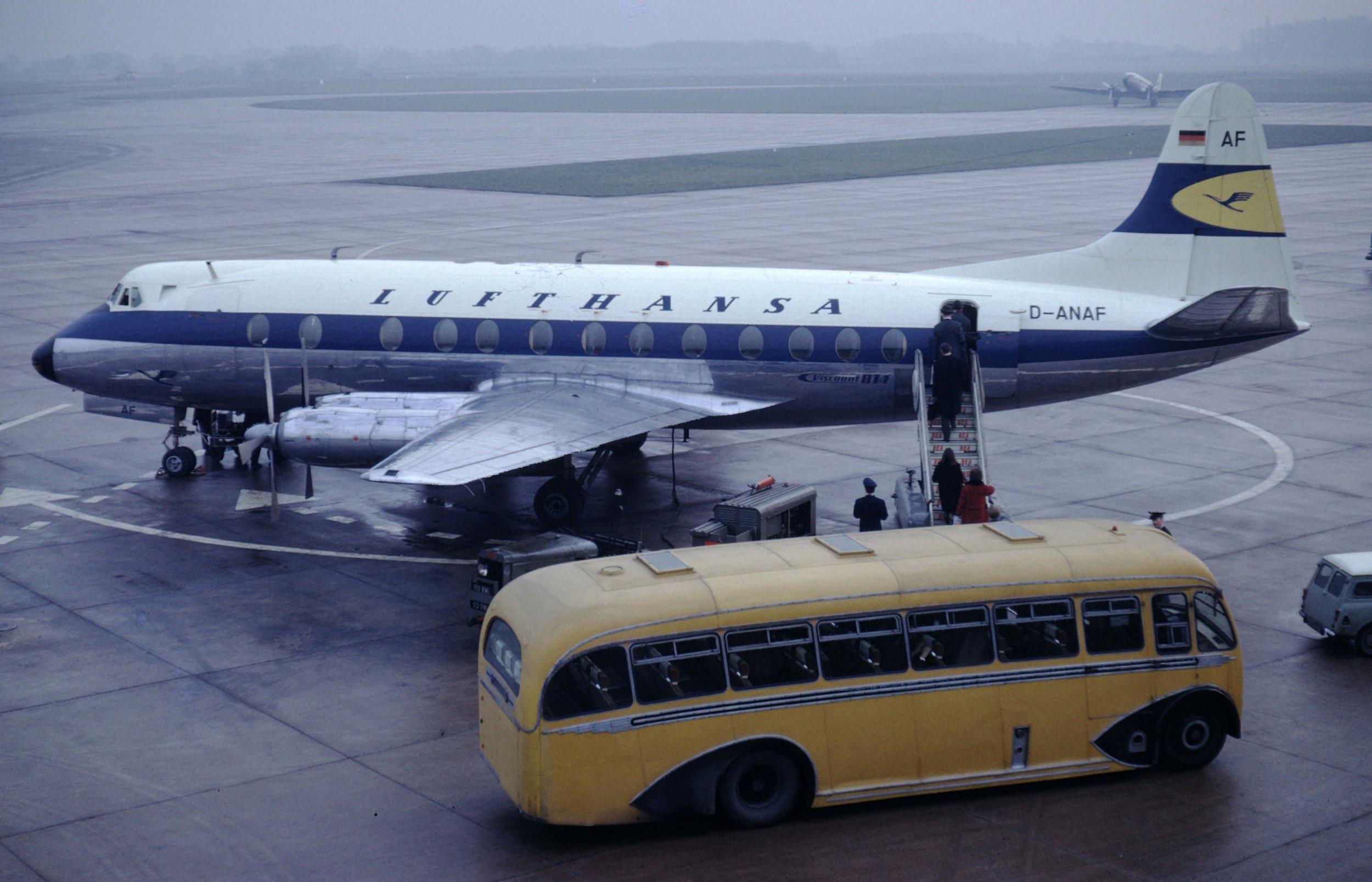 LH Viscount Jan 1966.jpg
