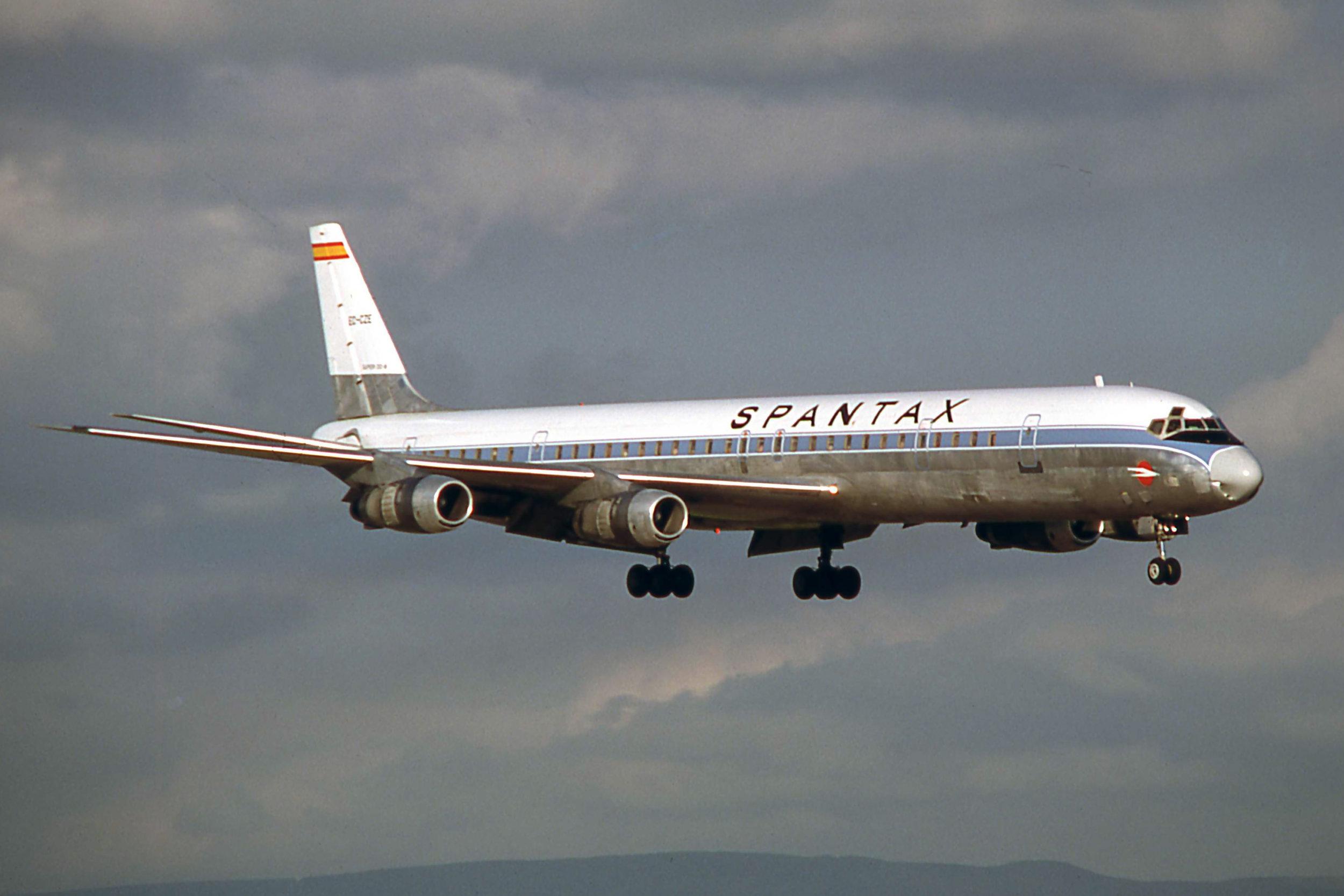 DC-8 EC-CZE (August 1978) (3) a.jpg