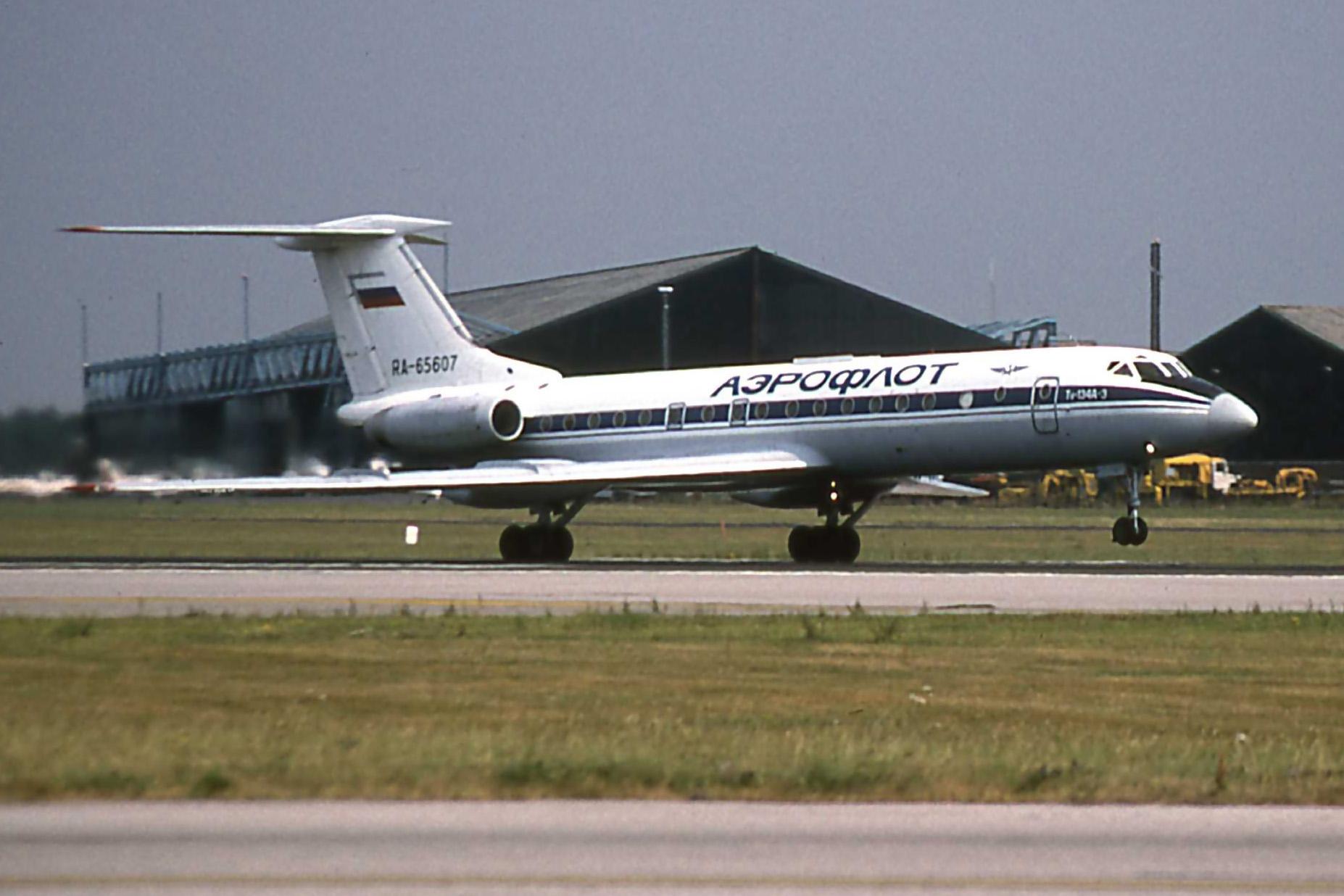 TU-134 RA-65607 (10.08.1995) a.jpg