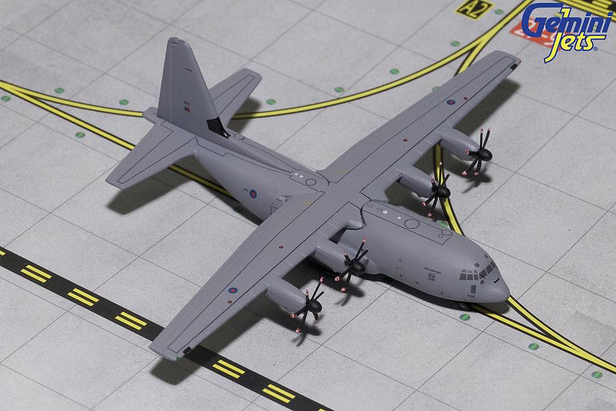 - 1/400 Royal Air Force Lockheed C-130J 'Hercules'£40.00