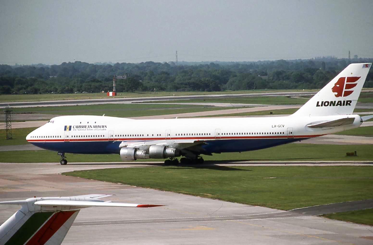 B.747 LX-GCV (June 1989).jpg