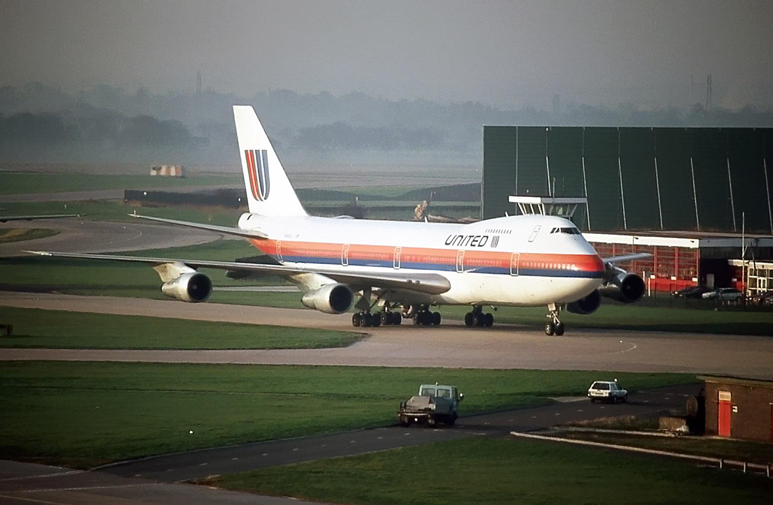N164UA (25-02-1992).jpg