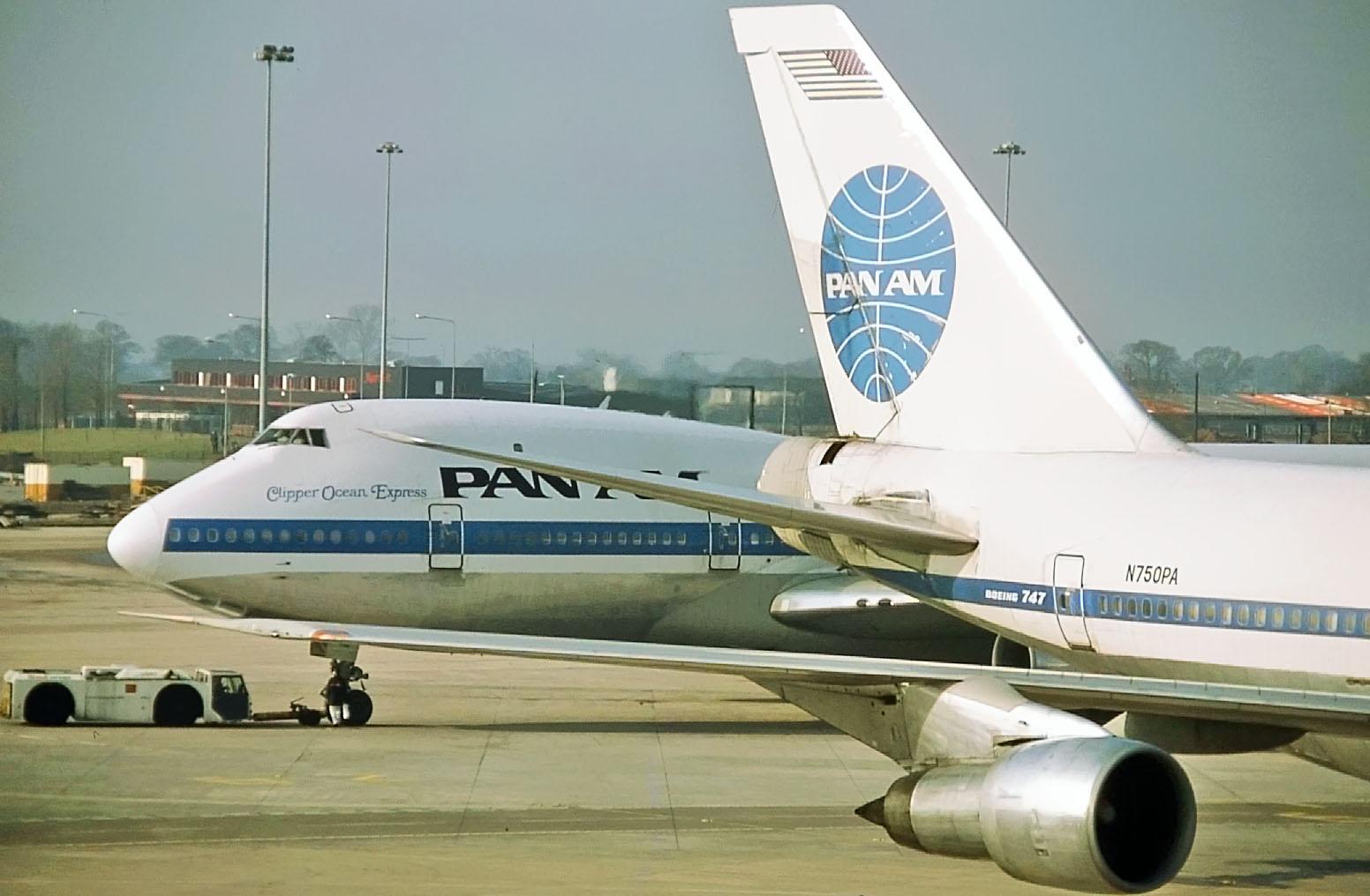 N731PA & N750PA (24-02-1985).jpg