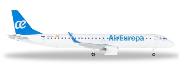 - 1/500 Air Europa Embraer E195 EC-KRJ £23.00