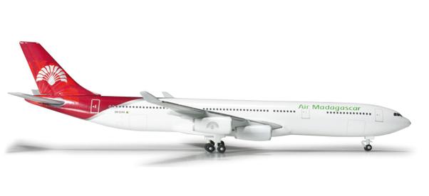 - 1/500 Air Madagascar A340-300 5R-EAA £28.00