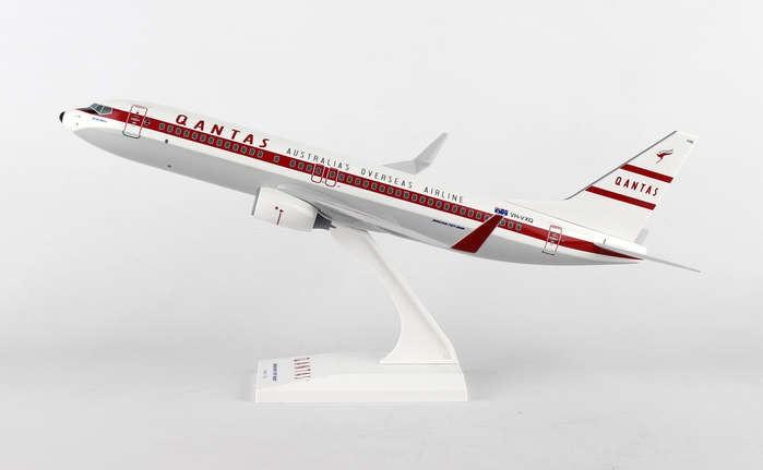 - 1/130 Qantas Retro 737-800 £40.00