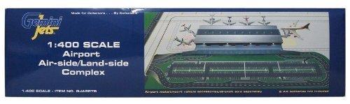 - 1/400 Landside Airport Complex £175.00