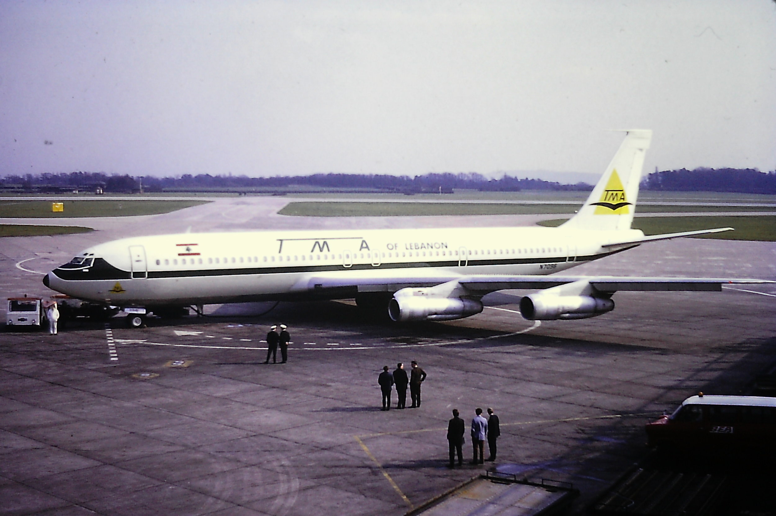 Our sincere thanks to Eric Wright for sharing with us this excellent shot of a TMA Boeing 707-320 N7096 taken from the top of the old spectators terrace on Pier A…48 years ago this week - 27th March 1971…