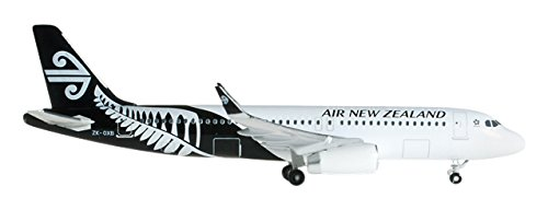 - 1/500 Air New Zealand A320 ZK-OXB £22.50