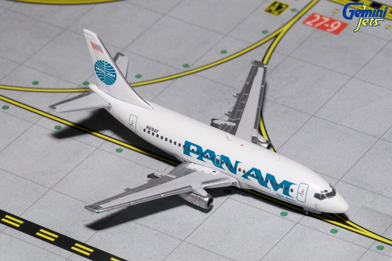 - 1/400 Pan Am 737-200 N68AF £40.00