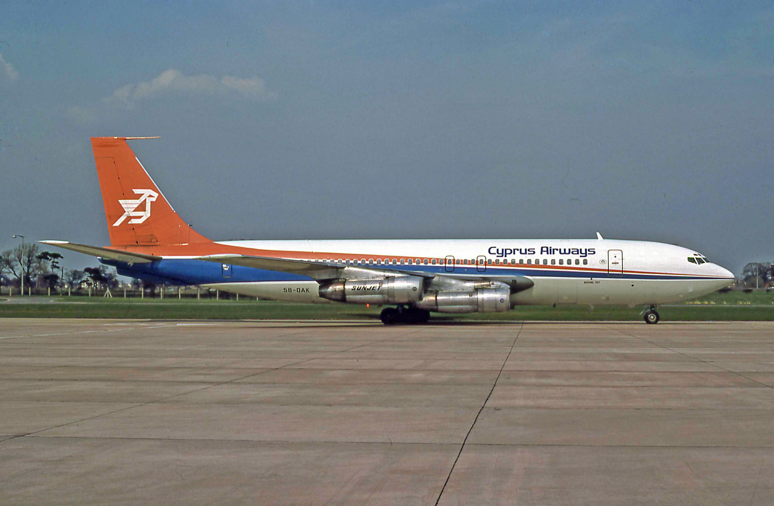 Cyprus Airways 1958 vintage Boeing 707-123 5B-DAK taxiing onto stand on Pier C in May 1979. Photo Peter H